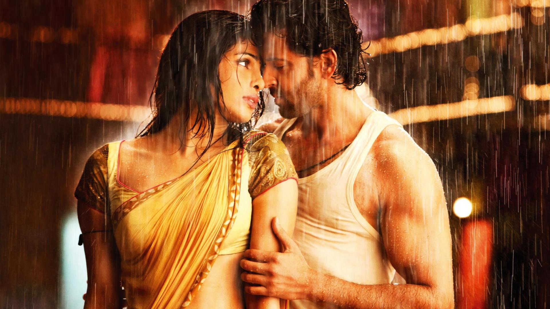 Добавим яркость: 9 самых красочных индийских фильмов для дождливой погоды