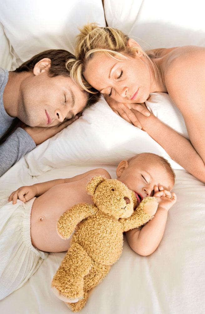 Стоит ли спать вместе с ребенком?