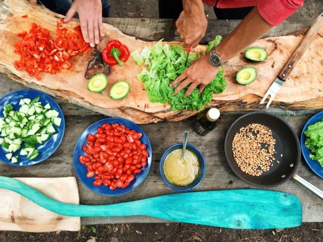 12 оригинальных рецептов салатов на Новый год