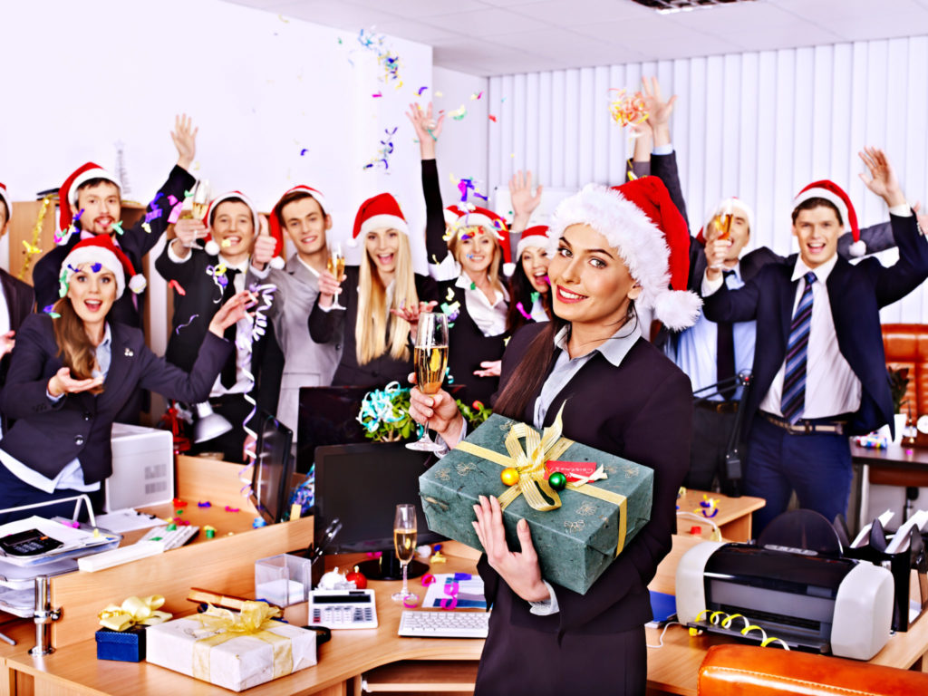 Картинки новый год на работе, открытки