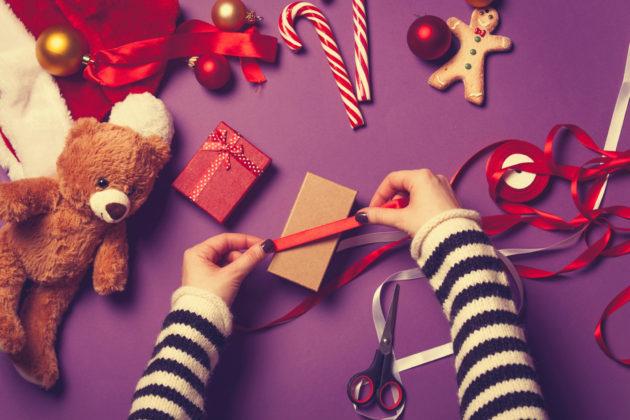 Что подарить любимому на Новый год: 60 идей