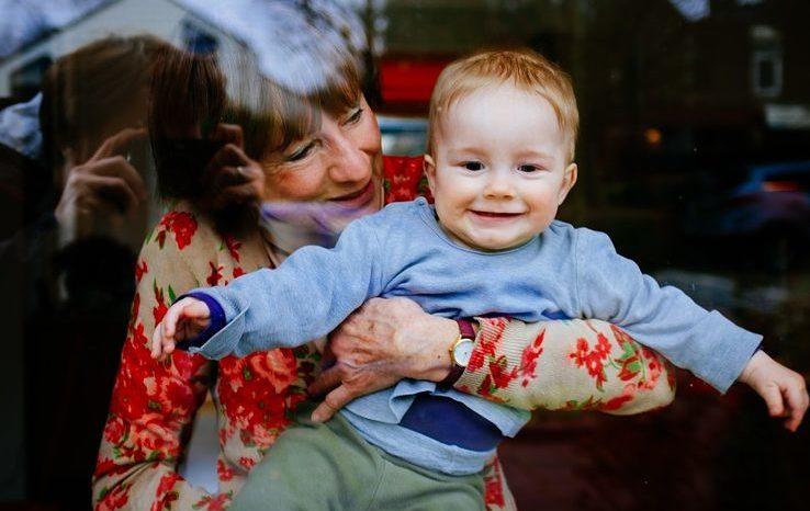 Безопасность ребенка дома: 30 правил
