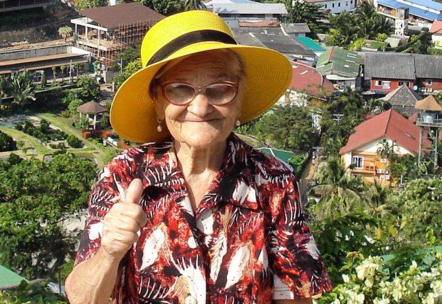 90-летняя путешественница из Красноярска покоряет Таиланд