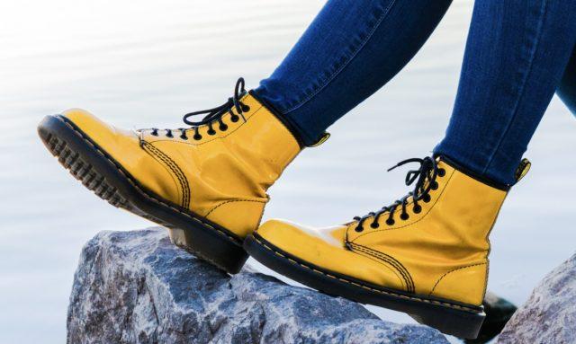 Деньги на ветер: почему покупать зимнюю обувь невыгодно?