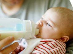 Искусственное вскармливание ребнка молочной смесью