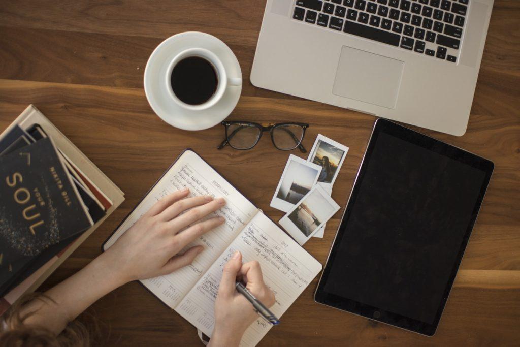 Как стать журналистом иначать зарабатывать? 5 способов