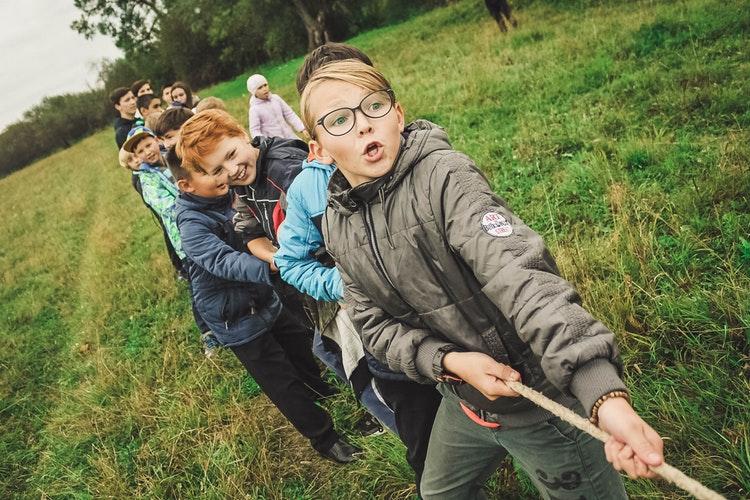 Переходный возраст у подростка: 4 способа справиться
