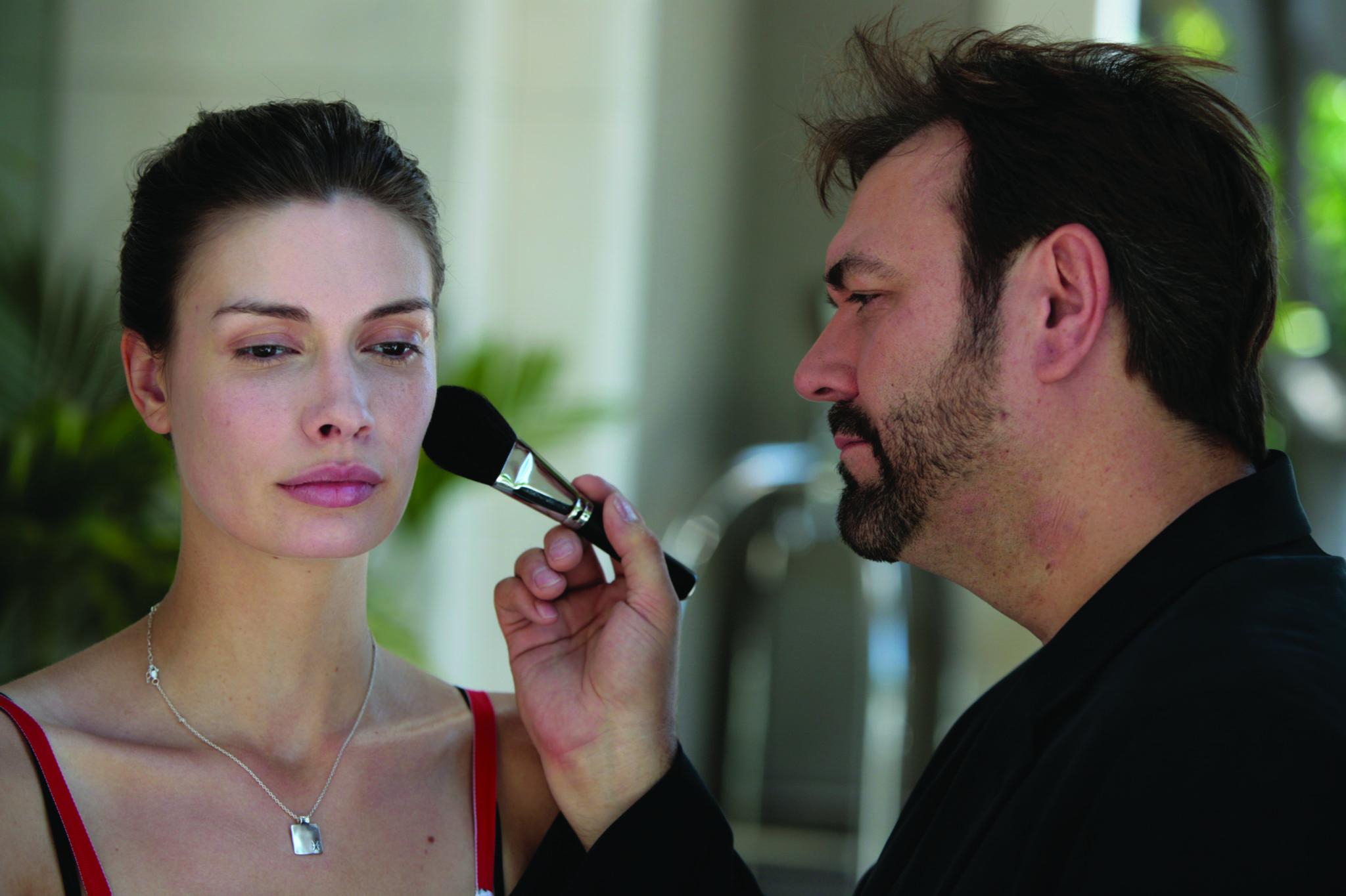 Весенний макияж в стиле красавицы Белль: мастер-класс визажиста