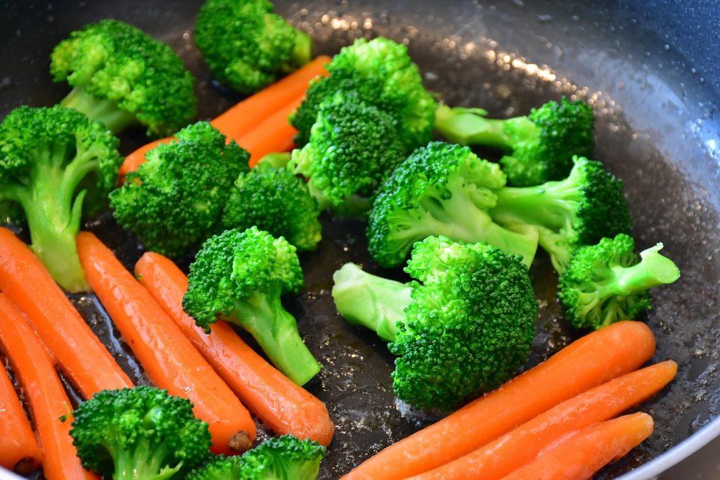 Брокколи иморковь