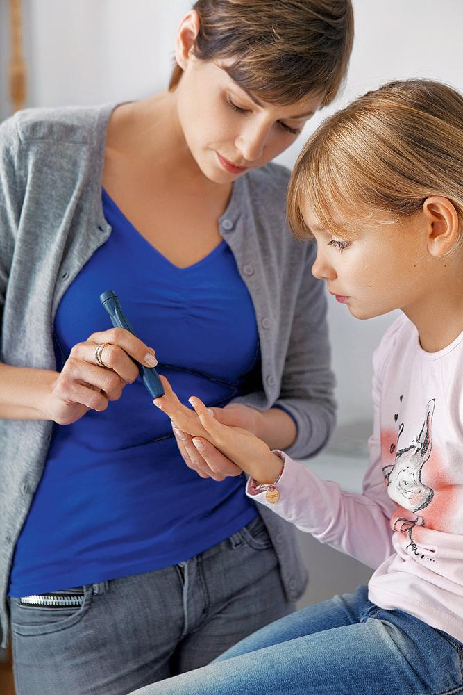 5 способов понять, что ребенка нужно вести к эндокринологу