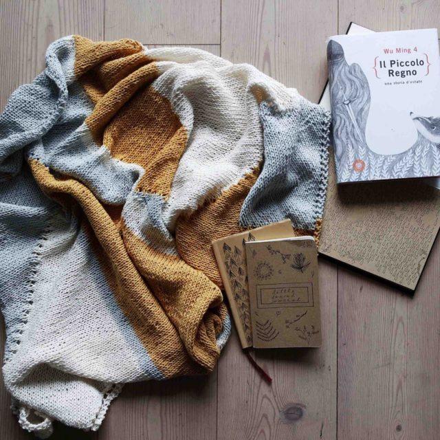 6 идей, что сделать из старого свитера своими руками
