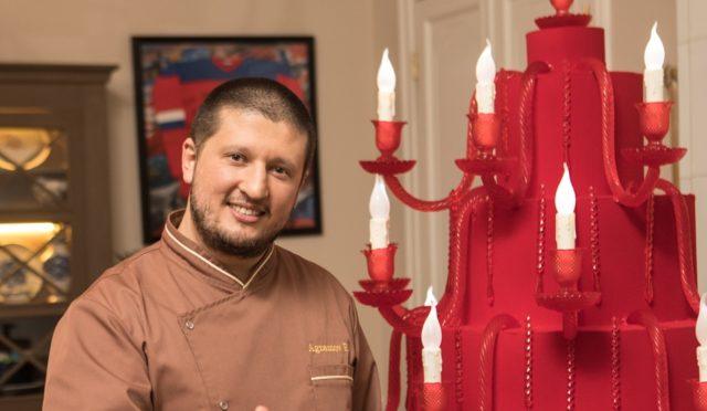 Звездный кондитер Ренат Агзамов объявил конкурс на лучший десерт