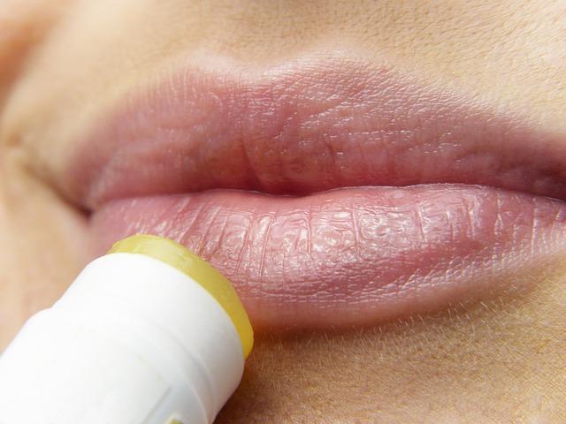 Губы и губная помада