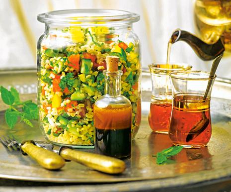 Худеем на салатах: 3 варианта меню