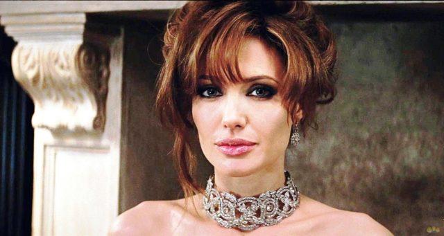 СМИ: Анджелина Джоли собирается замуж за миллионера