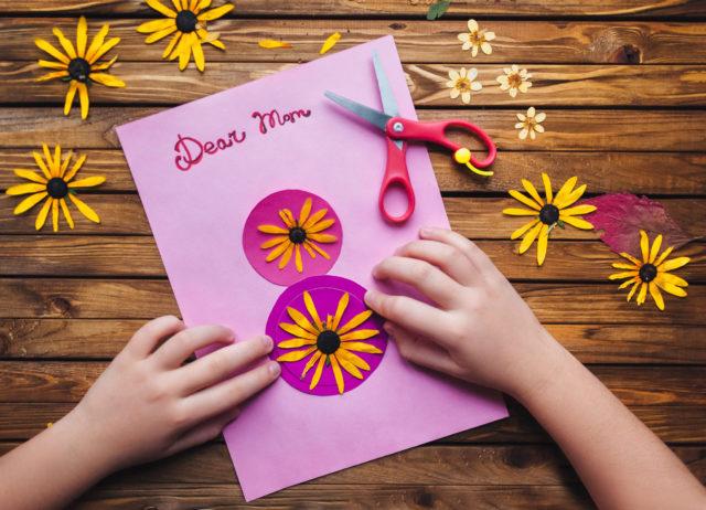 12 подарков к 8 марта своими руками для мамы, бабушки и сестренки