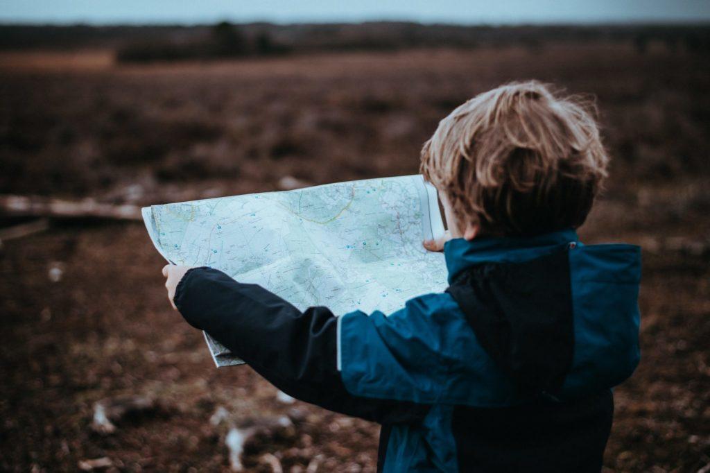 Стоит ли ругать сына за беспорядок?