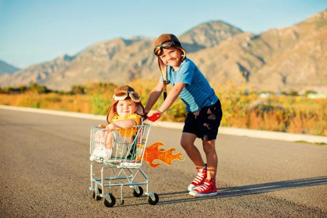 Подвижные игры: 10 идей, как развлечь ребенка