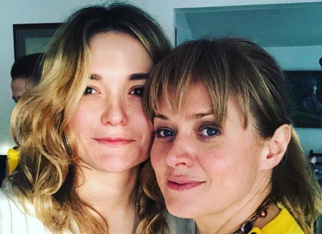 С днем рождения: Надежда Михалкова показала архивное фото со старшей сестрой