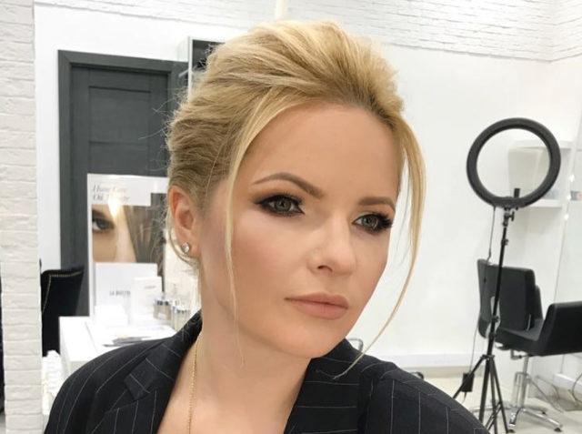 Экс-супруга Дмитрия Пескова побрилась под ноль перед грядущей свадьбой