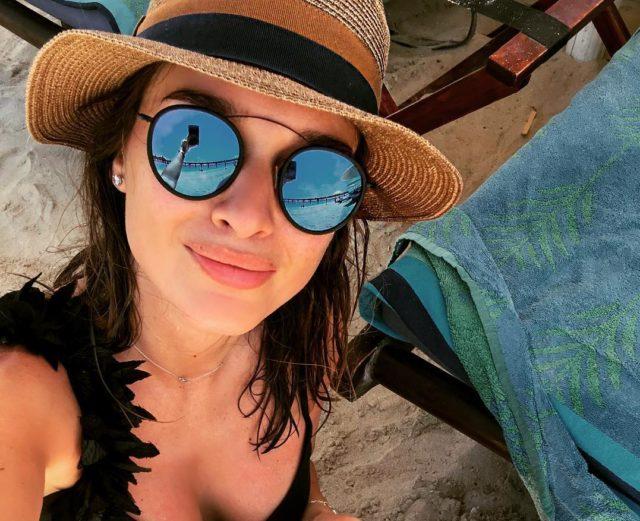 Мир, май, отпуск: где проводят майские каникулы звезды?