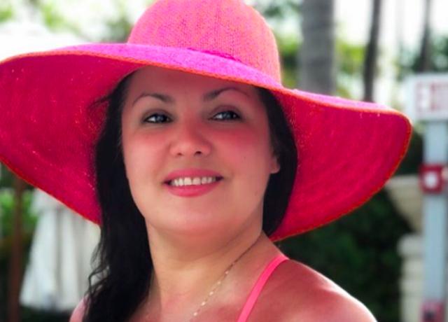 Анна Нетребко показала, как скрыть лишний вес одеждой летом