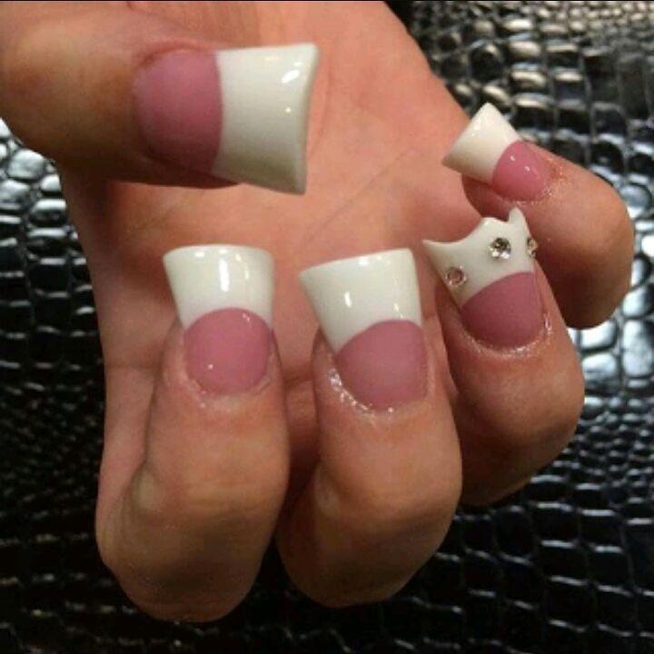 25 cамых жутких дизайнов ногтей в Instagram