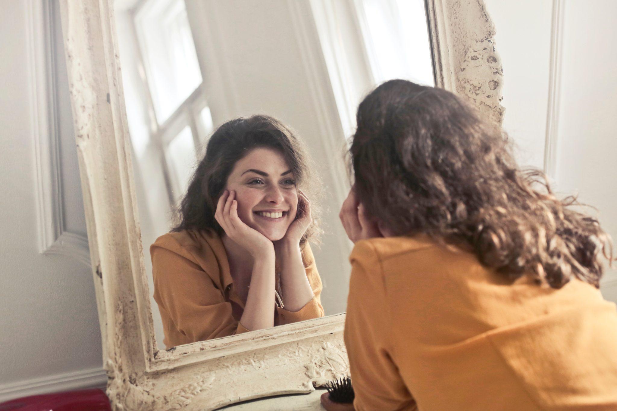 7 бьюти-привычек, с которыми надо бороться, чтобы не состариться раньше времени