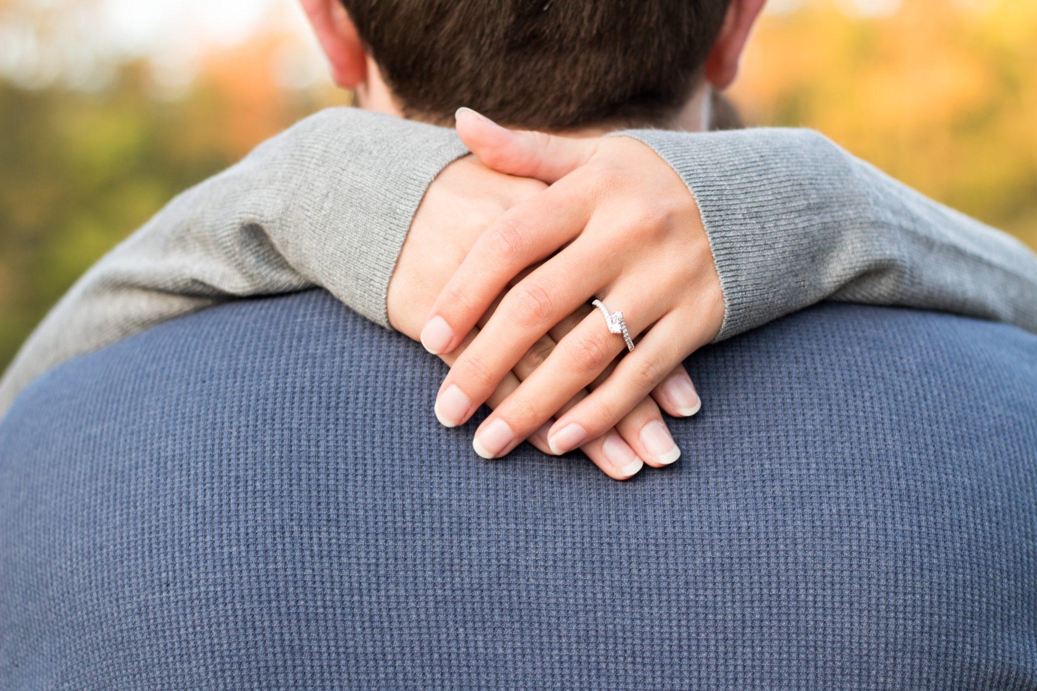 Что нужно сделать, чтобы мужчина не потерял к тебе интерес? Советы астрологов