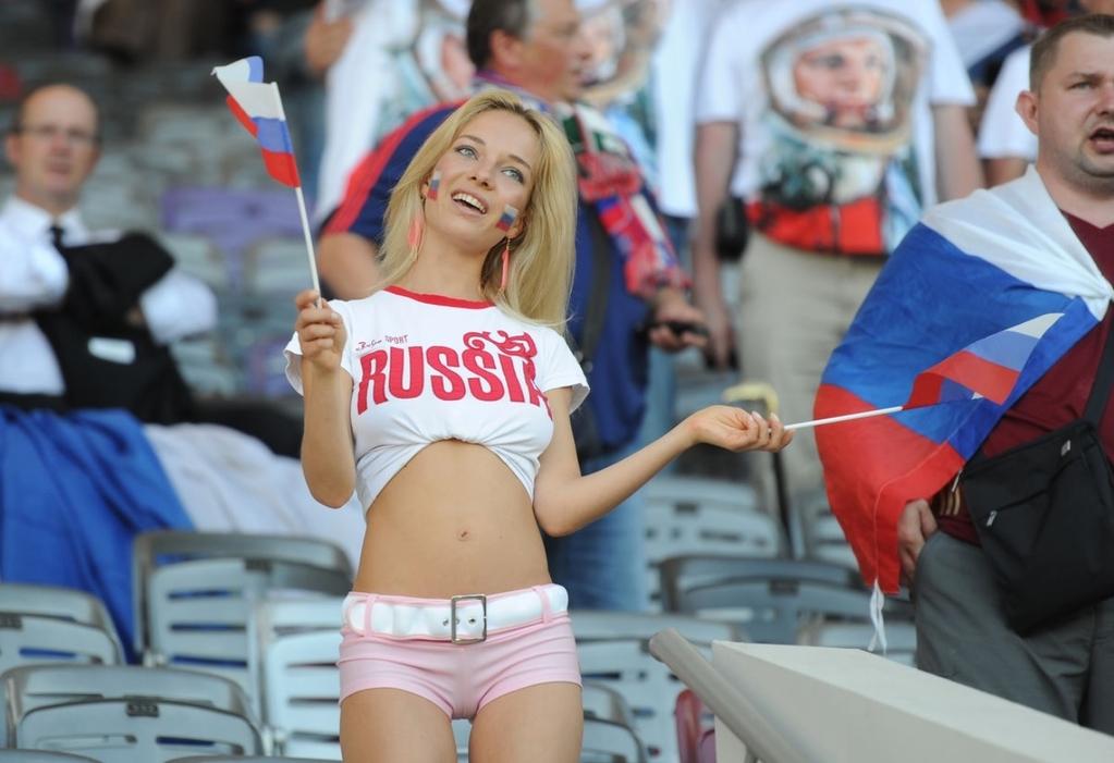 Самая красивая российская болельщица: что мы знаем о новой звезде?