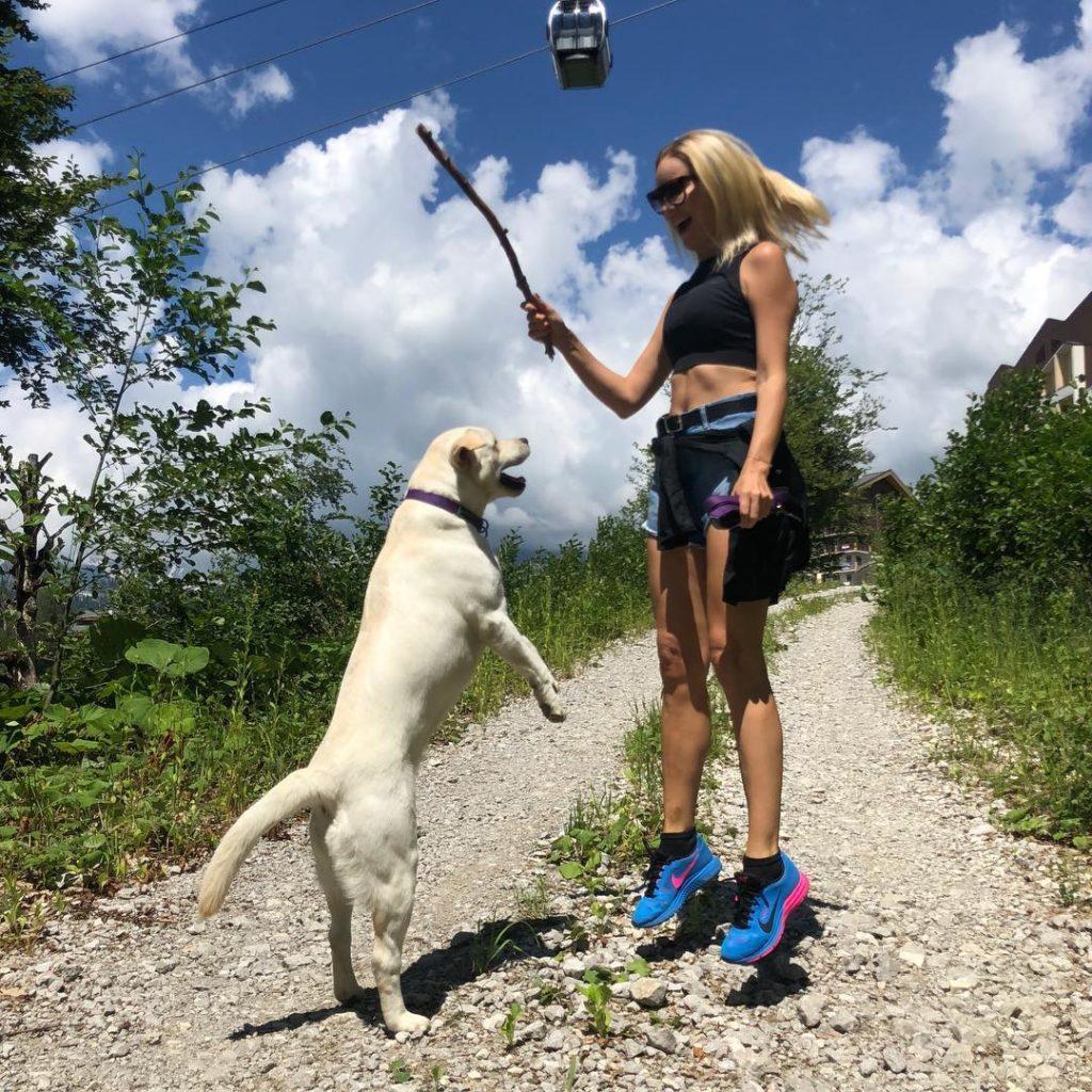 Похудеть в отпуске: учимся у Анфисы Чеховой, Полины Гагариной и других звезд