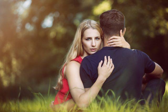7 признаков того, что ты вышла замуж не за того мужчину