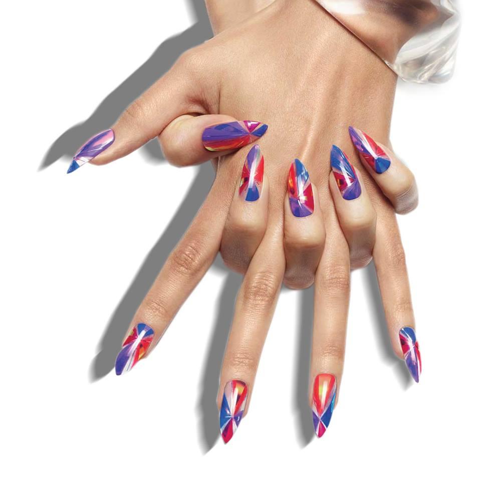Как красиво накрасить ногти: советы от нейл-мастеров