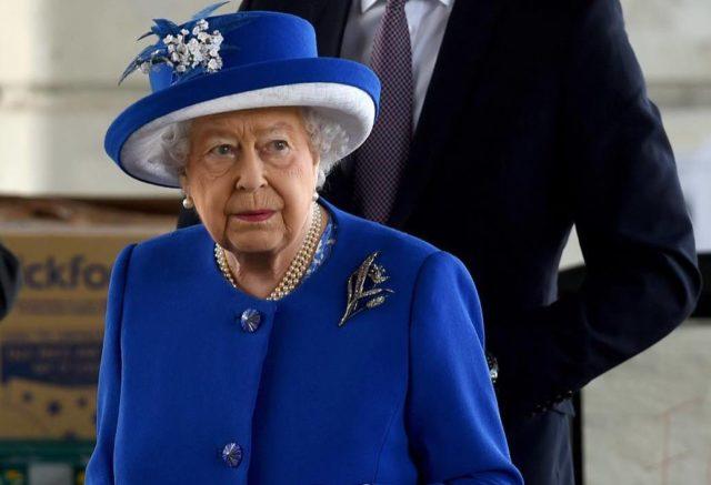 По-королевски: Елизавета II сделала еще один щедрый подарок принцу Гарри и Меган Маркл