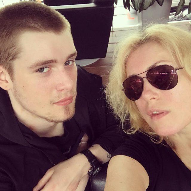 Сын Марии Шукшиной поправился до неузнаваемости после скандала с ДНК-тестом