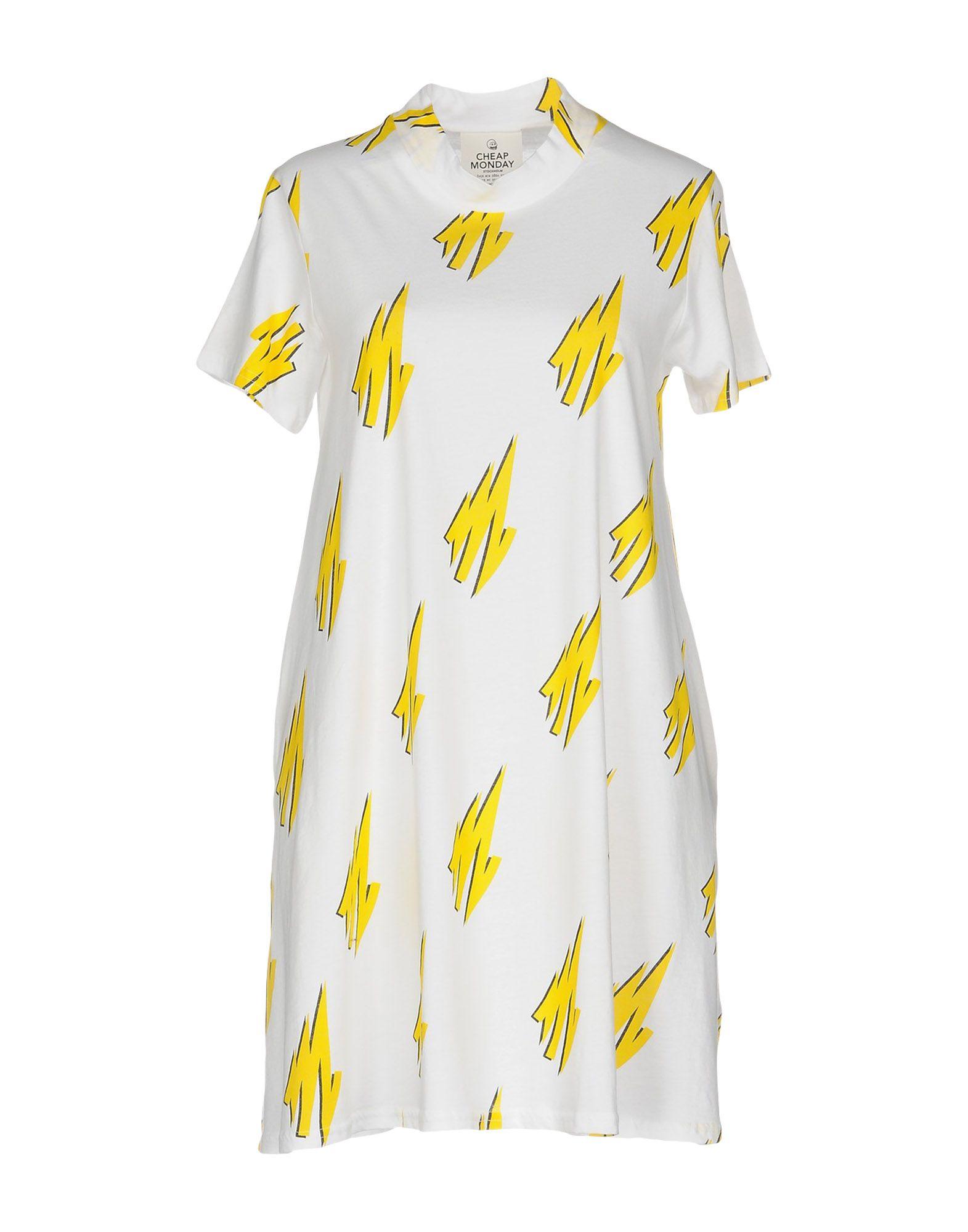 5 платьев, в которых не жарко в городе, как у певицы Валерии