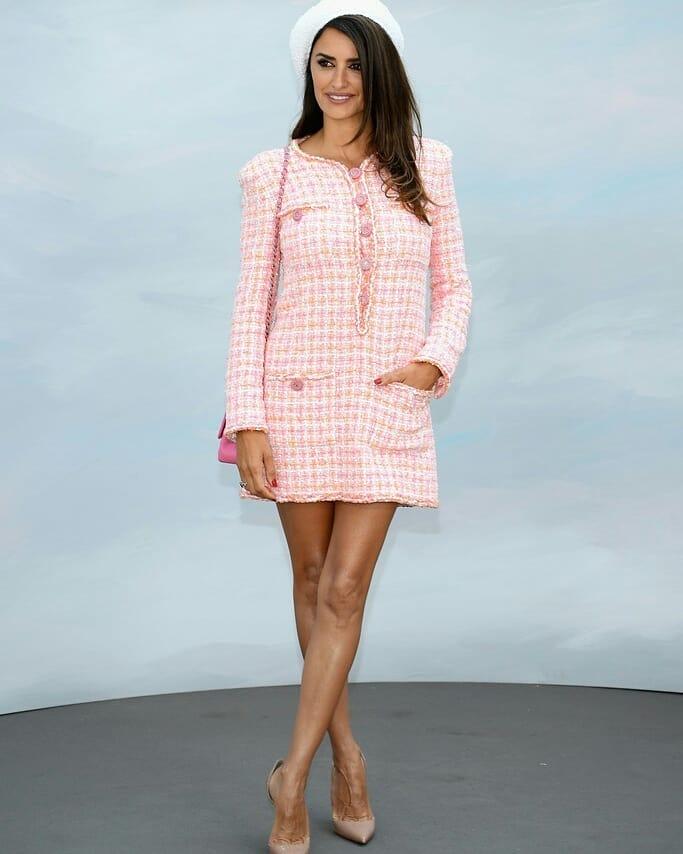 Пенелопа Крус демонстрирует лучшее платье для женщин с широкой талией