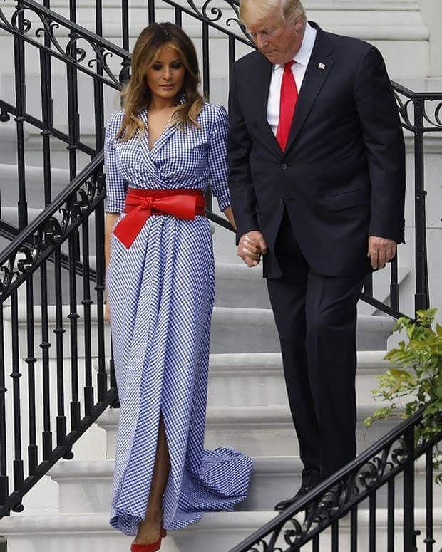 Какие платья лучше всего сочетаются с обувью без каблука : Лучшие образы изоражения