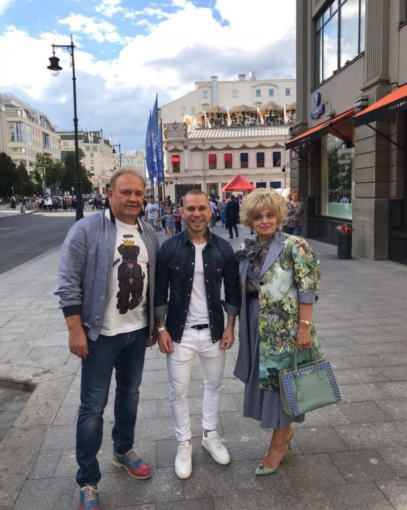 59-летняя Надежда Кадышева кардинально сменила имидж впервые за30 лет