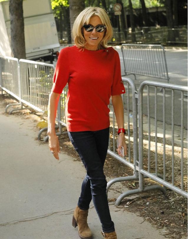 Брижит Макрон вызвала недоумение, появившись на Неделе моды в нелепом виде