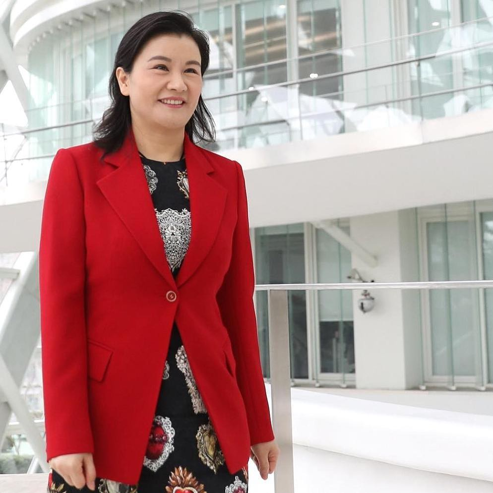 Самая богатая женщина Азии Чжоу Цюньфэй