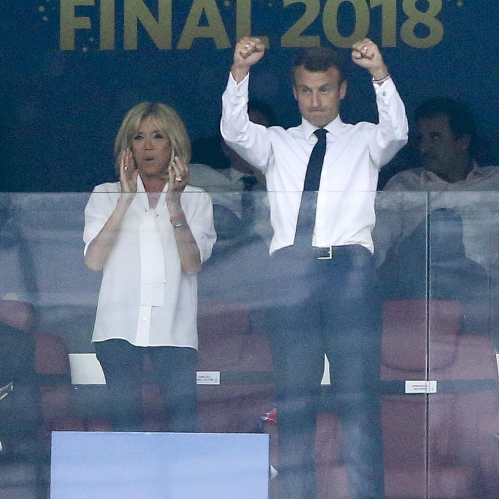 Президент Хорватии безоговорочно затмила Брижит Макрон назакрытии мундиаля
