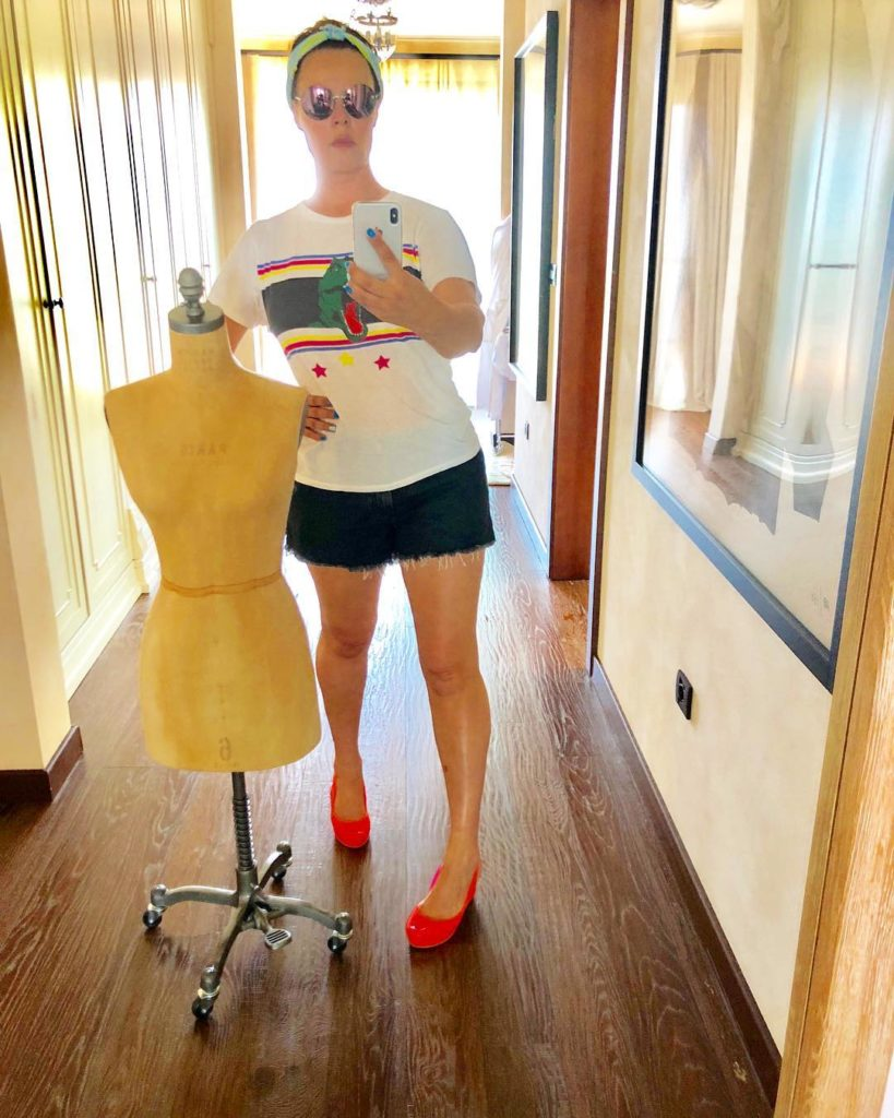 56-летняя Екатерина Андреева избавилась отпагубной привычки ради сохранения молодости