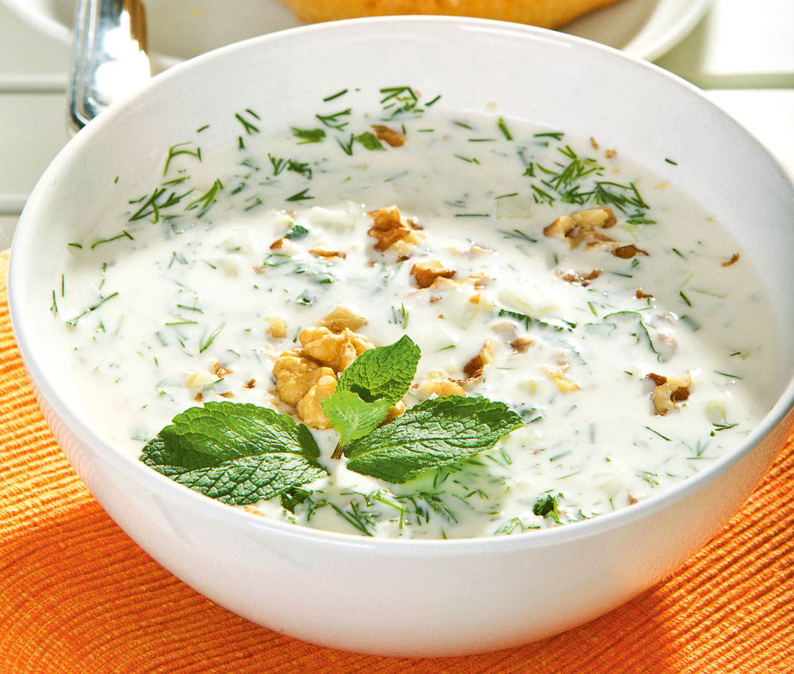 4 быстрых рецепта холодных супов