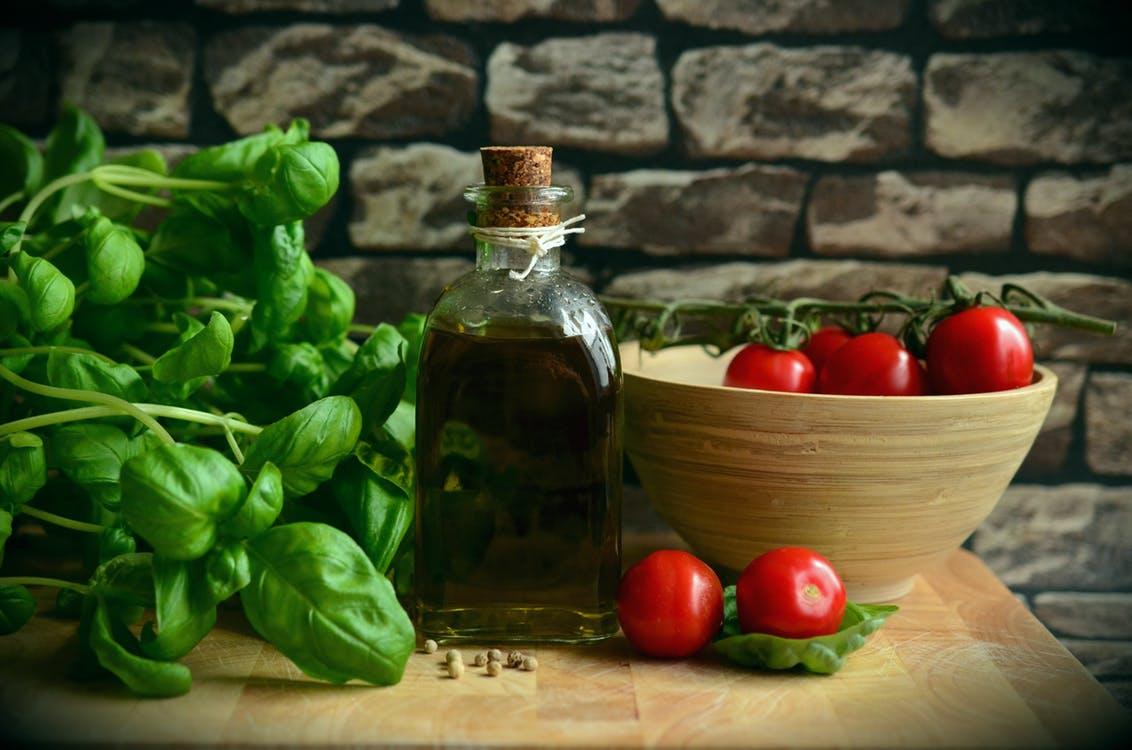 Всем ли можно есть томаты: 4 уникальных свойства и советы по употреблению