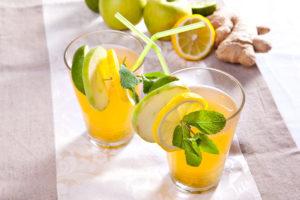 Жара пришла: 7 рецептов вкусных иполезных домашних напитков