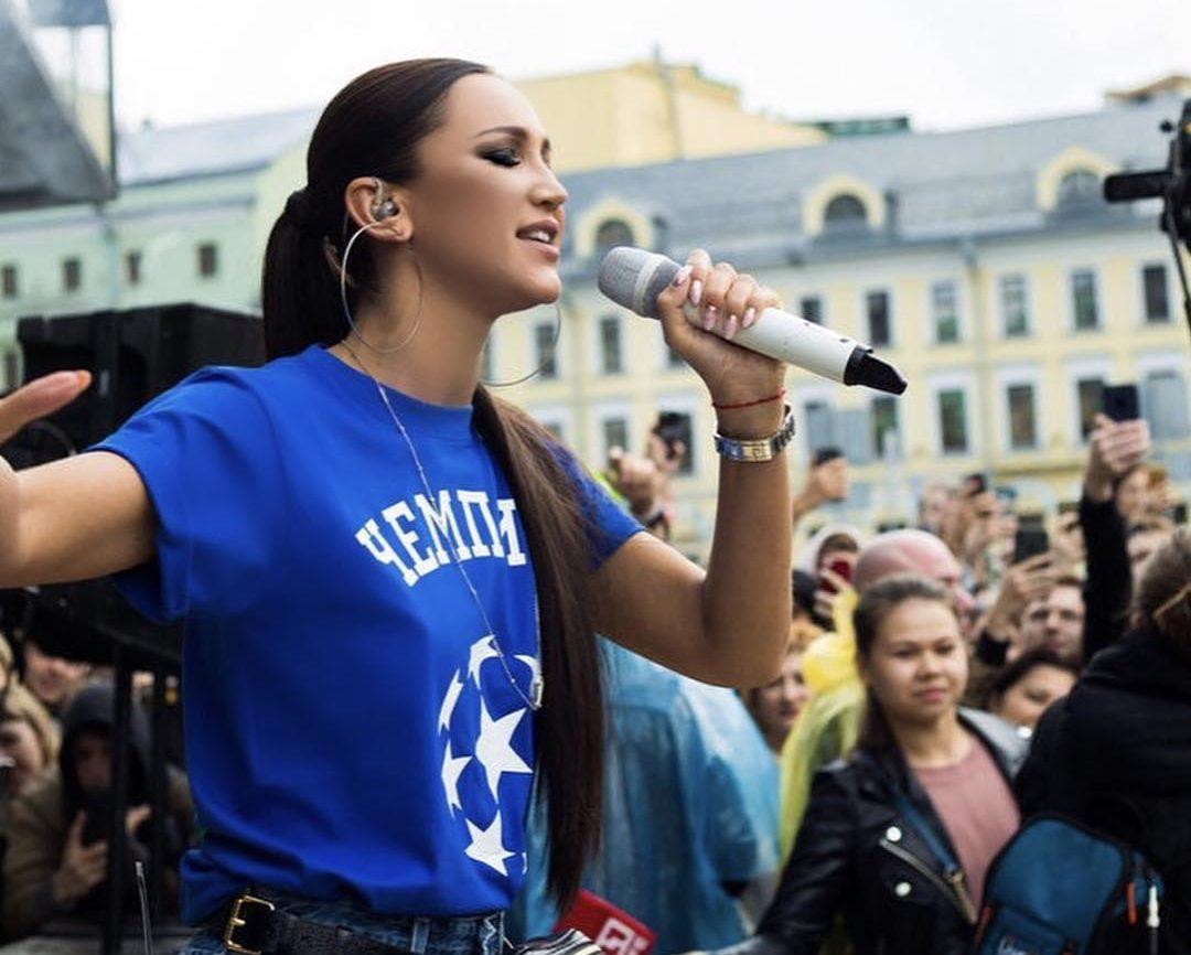 10 обязательных условий, чтобы Ольга Бузова спела втвоем городе