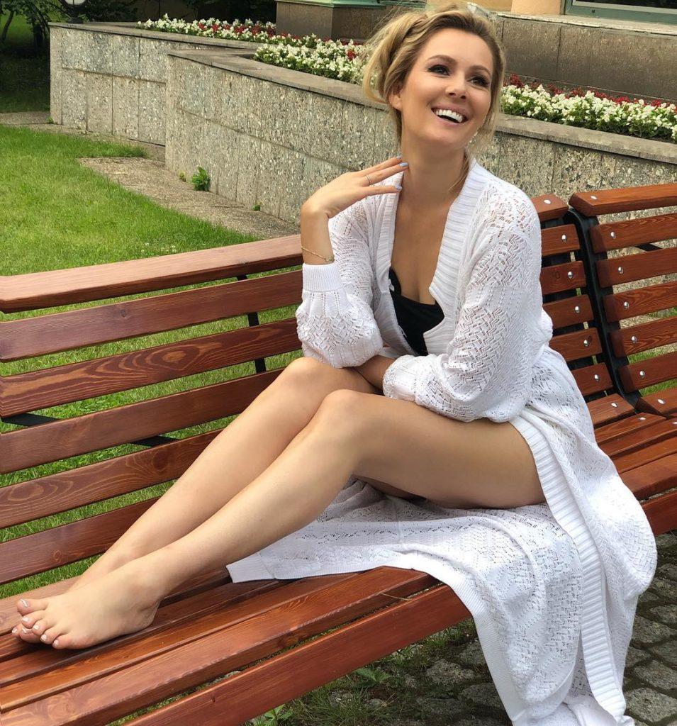 Минус 30 кг: похудевшая Мария Кожевникова одевается в детских магазинах