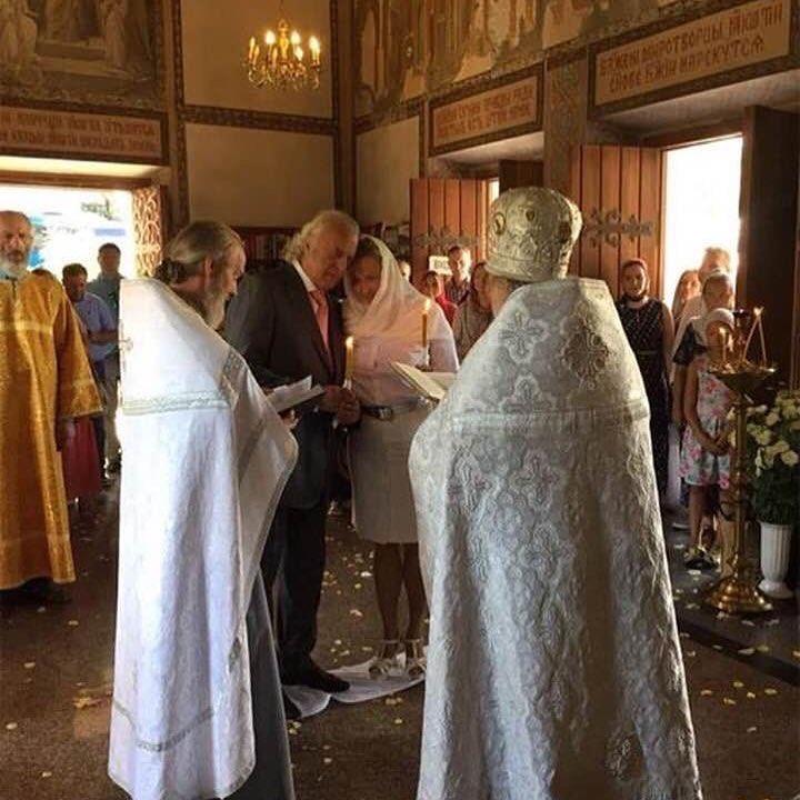 80-летний Илья Резник обвенчался с женой после 20 лет гражданского брака