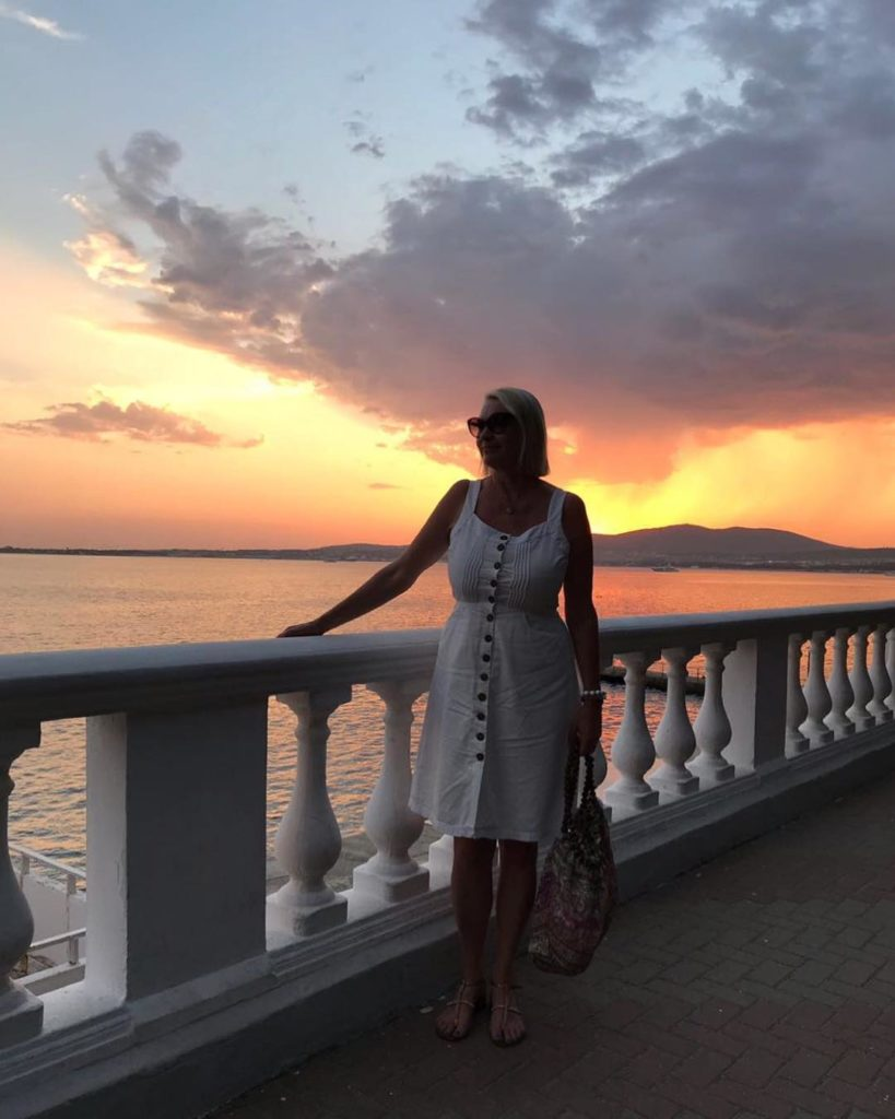 Алена Водонаева заставила маму сесть на диету накануне дня рождения